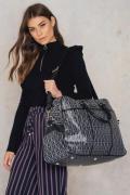 Dagmar Weekender Bag - Black,Multicolor